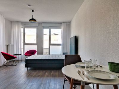 Photo for HostnFly apartments - Beautiful apartment in the heart of Villeurbanne