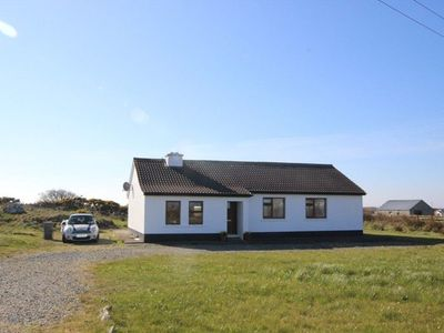 Photo for 3 bedroom cottage situated within a short drive from white sandy beaches.