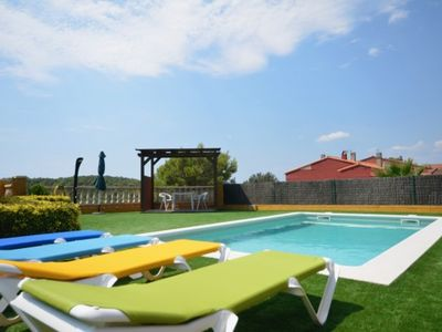 Photo for 4 bedroom Villa, sleeps 7 with Pool and Air Con