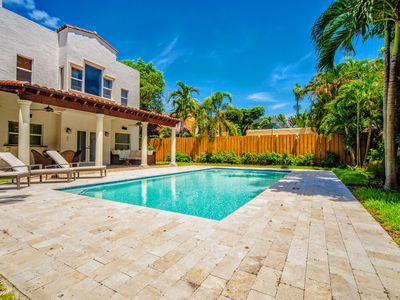 Photo for CELEBRITIES AREA 4BED HOME W/HEATED POOL BEST RATES ,MIAMI CLOSE TO BEACH !