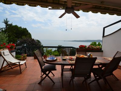 Photo for The terrace on the lake - Villa Claudia