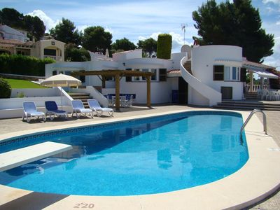 Photo for Villa With Private Pool And Lovely Sea Views.