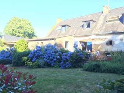Photo for The charm of a farmhouse in the heart of the Morbihan Gulf
