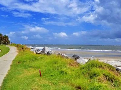 Photo for Frankly My Dear You'll Love This Place! The Tara of Fripp is Southern Charm Close to Beach and Golf!