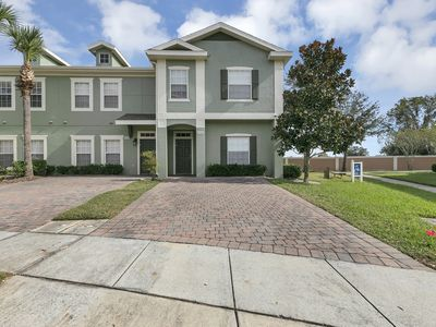 Photo for Very Affordable 5Bed 3ba home by Disney area!