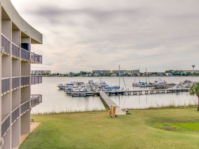 Photo for Inviting bayfront suite w/ shared picnic area, dock, & pool!
