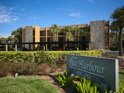Photo for Enjoy gorgeous Sarasota Bay views from this 2 bed/2bath condo in Bay Harbour!