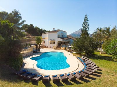 Photo for 8 bedroom Villa, sleeps 22 with Pool, FREE WiFi and Walk to Beach & Shops
