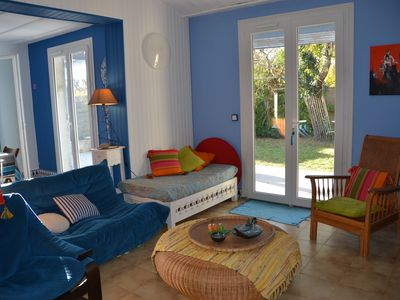 Photo for 16km from Arcachon 3 bedroom house close to amenities, above ground pool.