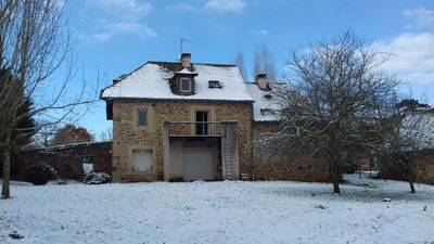 Photo for Comfortable house in the countryside and 5 minutes from Rodez
