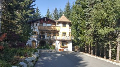 Photo for 8BR Chalet Vacation Rental in Whistler, BC