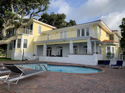 Photo for Intracoastal Bay Villa with 500 ft of waterfront!! Sleeps 14