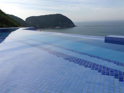 Photo for Duplex two suites Cove Guarujá, Air conditioning in 2 suites. and room.