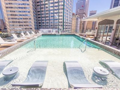 Photo for Apartment in the center of Dallas with Internet, Washing machine (738759)