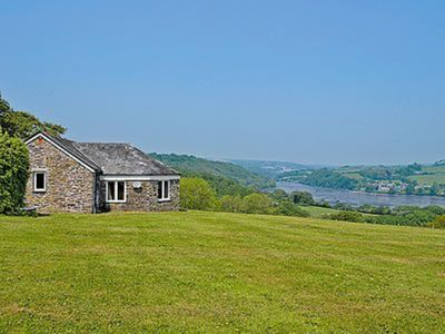 Photo for 2 bedroom property in Fowey.