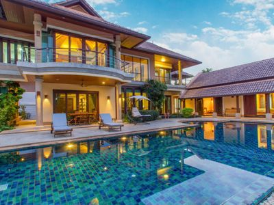 Photo for High-class residence with a huge private area and a pool