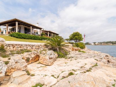 Photo for Villa Nadal - Beautiful villa in Porto Colom facing the sea