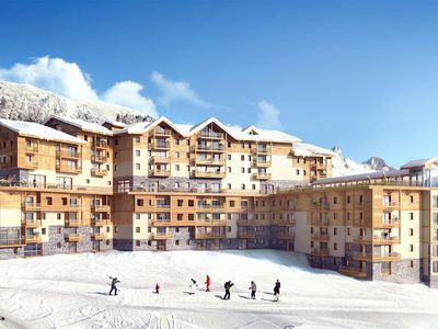 Photo for Beautiful comfortable residence with Spa right at the piste in Les Menuires.