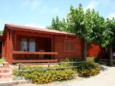 Photo for Attractive bungalow with a covered terrace, 1 km. from beach