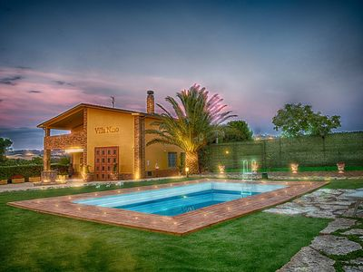 Photo for Fantastic Villa with Pool, Wi-Fi, Air Conditioning & Home Theater; Pets Allowed