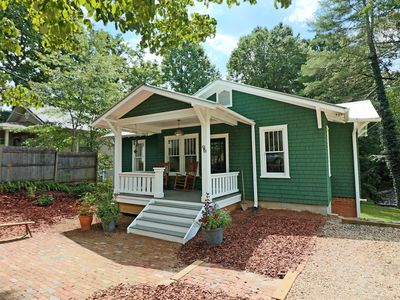 Photo for Fully renovated 1929 Brevard cottage