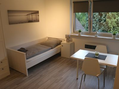 Photo for Small cozy apartment, quiet yet central location, good transport links