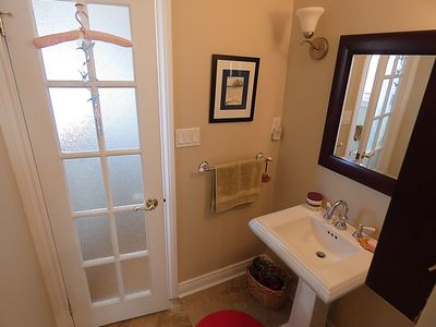 Part 1 private Ensuite with direct access from bedroom