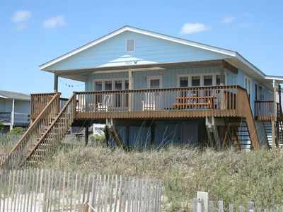 Photo for Admiral's Quarters: 4 Bed/2.5 Bath Cozy Oceanfront Home