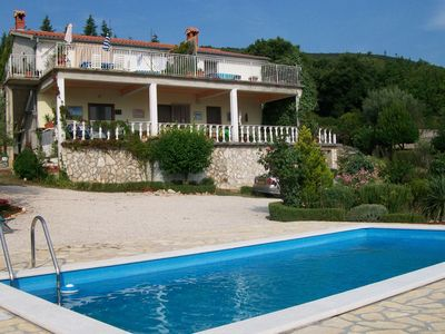 Photo for Well-maintained apartment with shared swimming pool, only 2km from sea and 8km from Labin