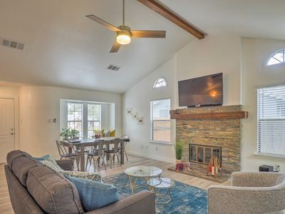 Photo for Remodeled Northwest Austin Home Near Lake Travis!