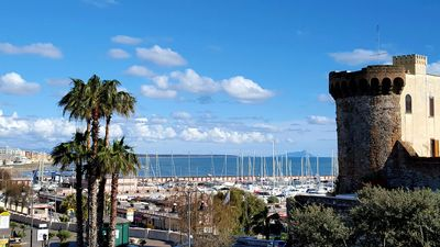 Photo for In the center. 50m from the harbor and beaches. 100m from the station. hourly trains to Rome