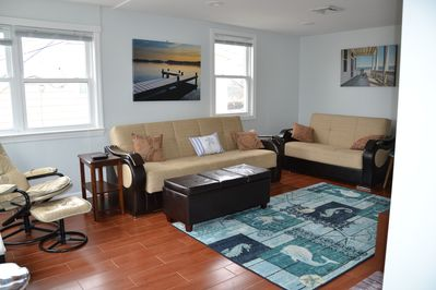 Spacious 2 Bedroom/1 bath beach house getaway. Steps from beach, 2+ car  parking - Point Pleasant Beach