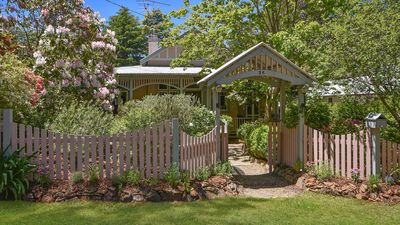 Photo for Maplewood House in Leura