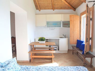 Photo for Cosy apartment for 10 guests with WIFI, private pool, TV and parking
