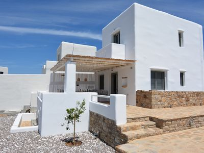 Photo for Brand new villa with swimming pooland fantastic view to the beach