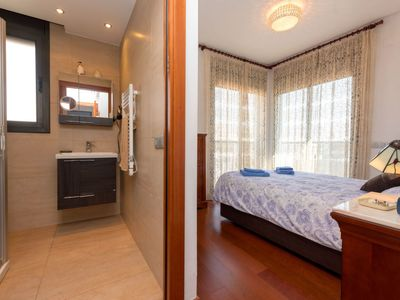 Photo for 3 bedroom Apartment, sleeps 5 with Air Con and Walk to Beach & Shops