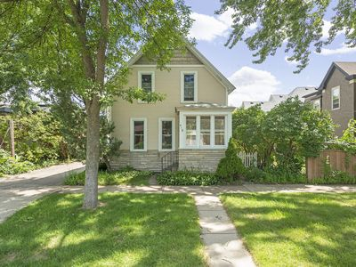 Photo for Charming Saint Paul Home On The Bluff