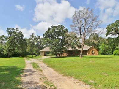 Photo for Rustic Retreat ~ Best Vacation Rental in Aggieland