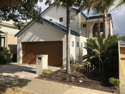 Photo for Large 3 Bedroom home, 2 mins from Scarborough,walk to cafes - Amazing Location