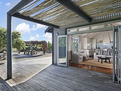 Photo for Dry Paddocks Country Retreat - Christchurch Holiday Home