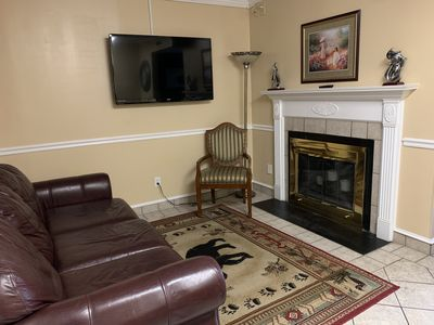 Oak Square, One Bedroom Condo in the Heart of Gatlinburg (Unit 107)