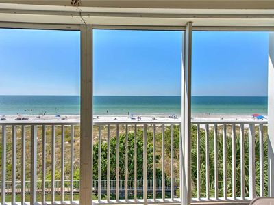 Photo for Hamilton House 302: 2 BR / 2 BA condo in Indian Rocks Beach, Sleeps 6