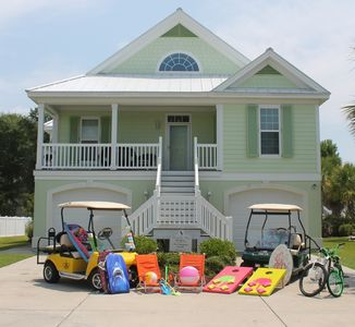 Photo for Lower level available. Great rates for 2 bedroom! Includes a cart.