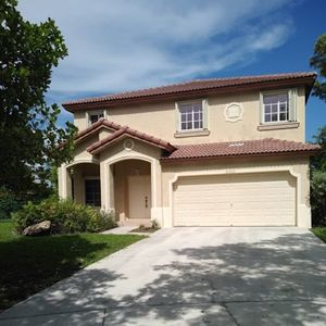 Photo for Lakeside Manse in beautiful Cutler Bay just off historic Old Cutler Road (Miami)
