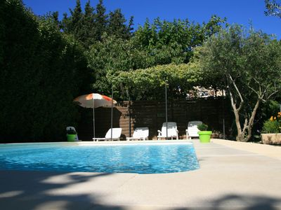 Photo for Gîte in Provence with heated pool, between St Remy de Provence and Avignon.
