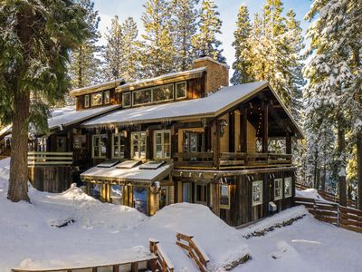 Photo for Quintessential Sierra Mountain Chalet
