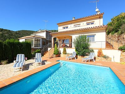 Photo for 4 bedroom Villa, sleeps 8 in Calonge with Pool, Air Con and WiFi