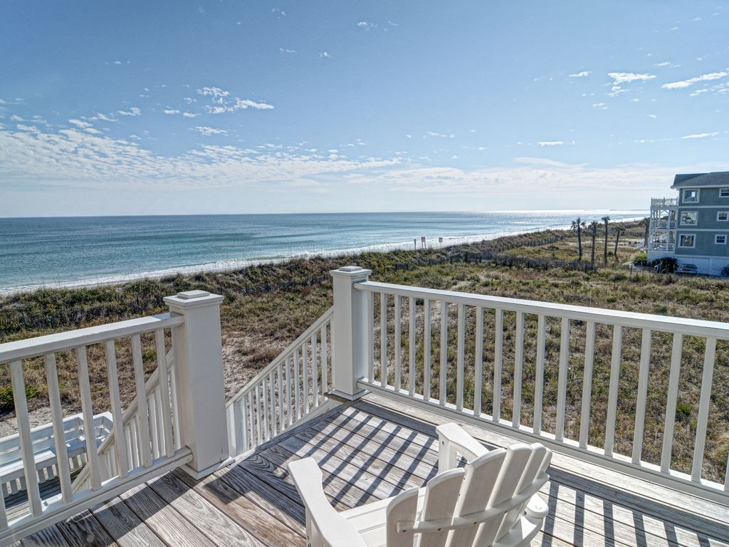 Fonvielle–Exceptional upscale and spacious oceanfront home w ...