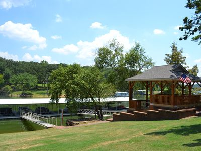 Photo for Beautiful Lakefront Home with Free Access to Pool and Boat Slips