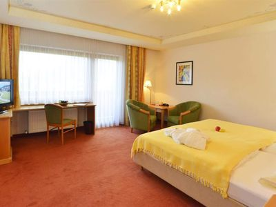 "Photo for Family Suite ""Superior"" Geigenbühel - Hotel Residenz Hochland"